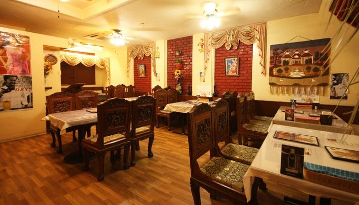 インド料理 DHOOM (ドゥーム) 〒286-0046 成田市飯仲14-3ハイドリーム101 102号