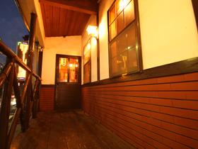ステーキハウス MOMO 〒286-0047 成田市飯田町143-11